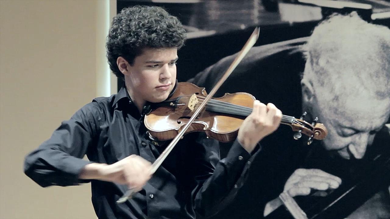 Simon Luethy | Violinist | Media